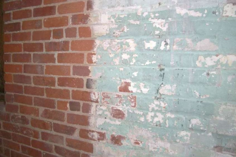 removing paint from brick